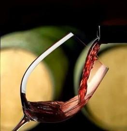 Til mat følger også god vin