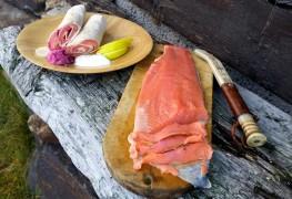 Smøremyk rakfisk med tilbehør