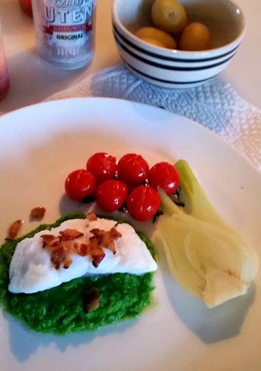 Lettsaltet torsk med ertepure, fennikel og bacon – juletorsk som smaker!