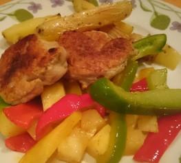 kyllingkjøttboller med spicy paprika og ananas