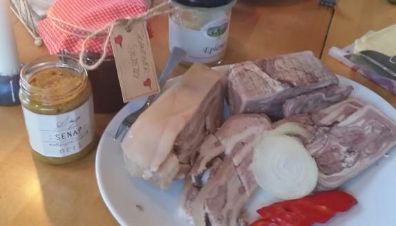 Søndagsfrokost og førjulskos på Rollag stasjon