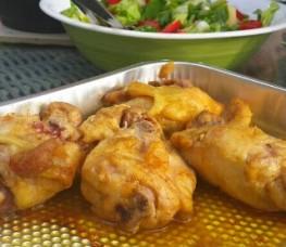 Thai-kylling på grillen med tilbehør