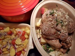 Ovnsbakt kylling med rotgrønnsaker, urter og hvitløk
