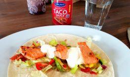 Taco med laks, mango og avokadosalat