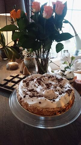 Kokos-og sjokoladekake med krem